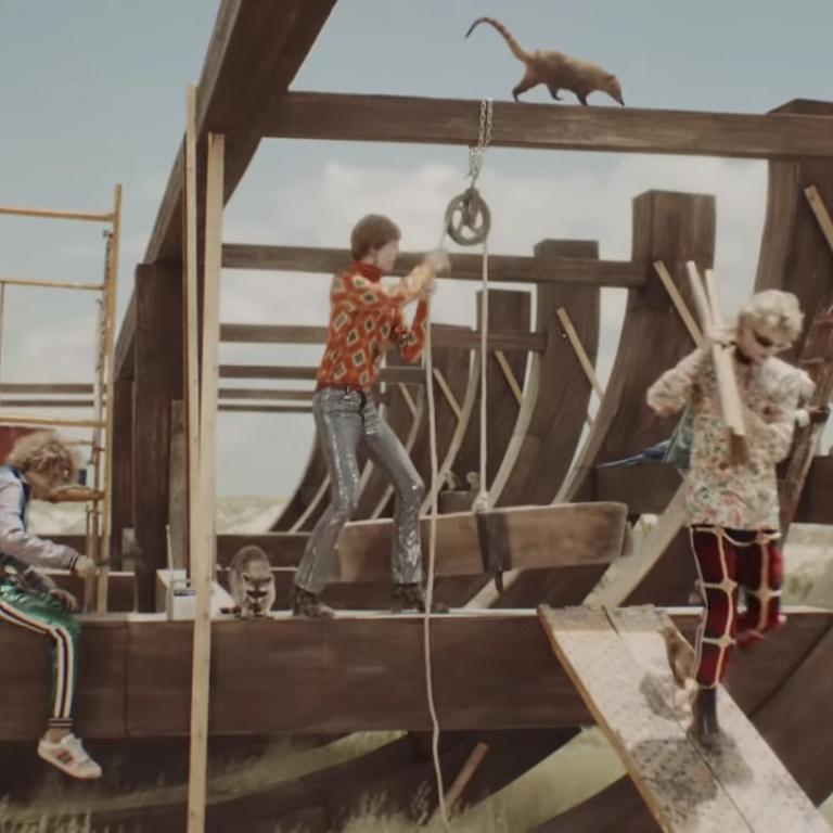 """la campagna """"Gucci Gothic"""" un visione surreale dell'arca di Noè"""