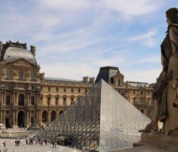 Il Louvre apre le porte online gratuitamente a tutta la sua collezione d'arte