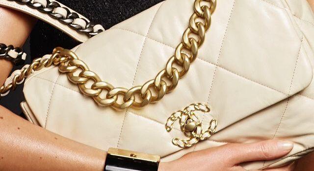 """Chanel ha perso la causa legale per la """"somiglianza"""" dei loghi contro Huawei"""