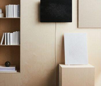 IKEA e Sonos arricchiscono la serie SYMFONISK con un altoparlante WiFi con cornice